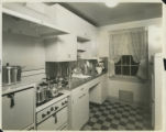 Kitchen in Chatham Village (2)